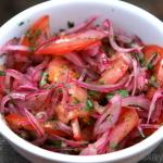 Salada/molho curtido de cebola e tomate