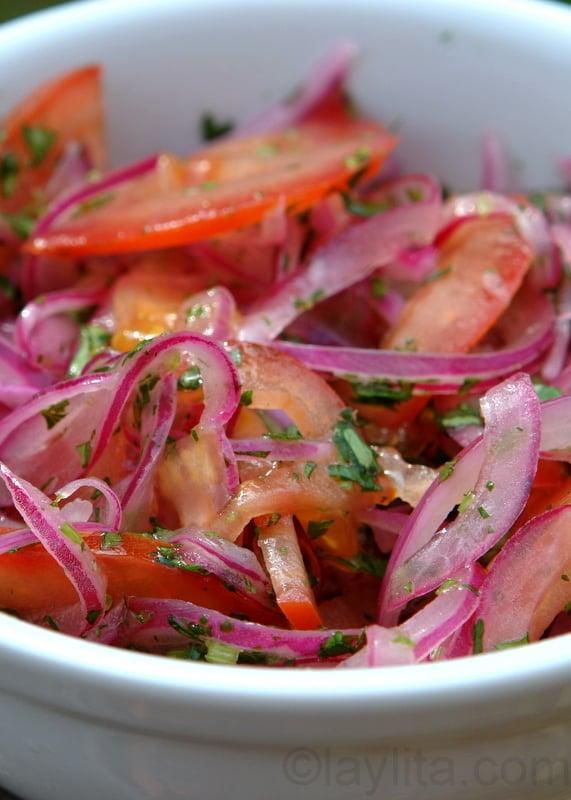 Salada de cebola e tomate