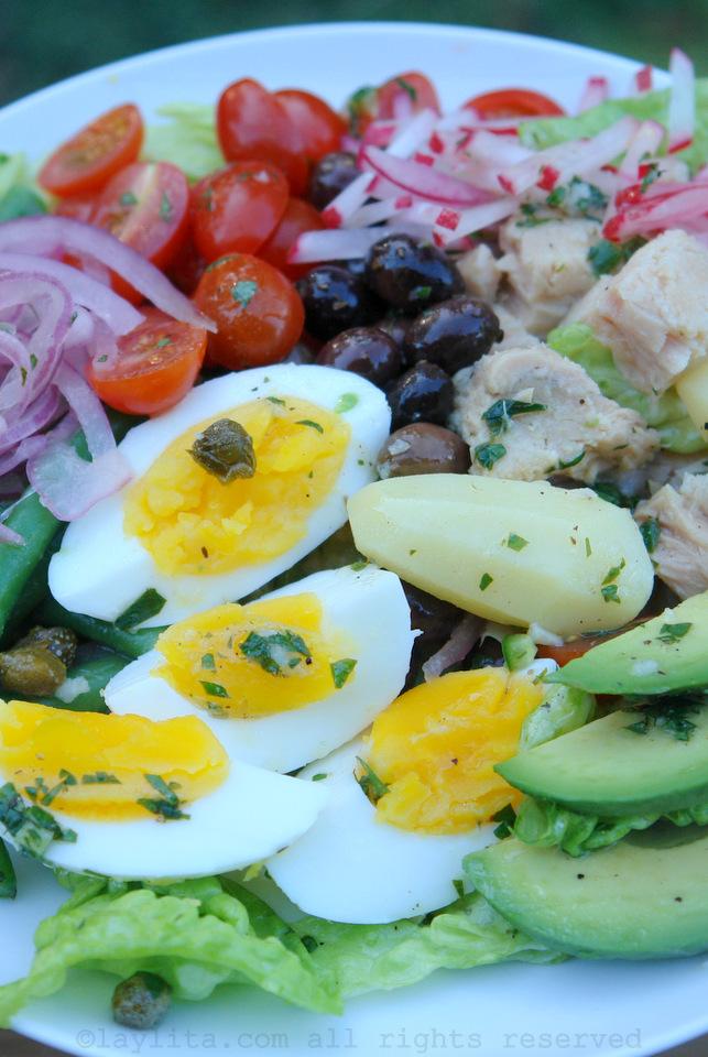 Salada francesa com atum