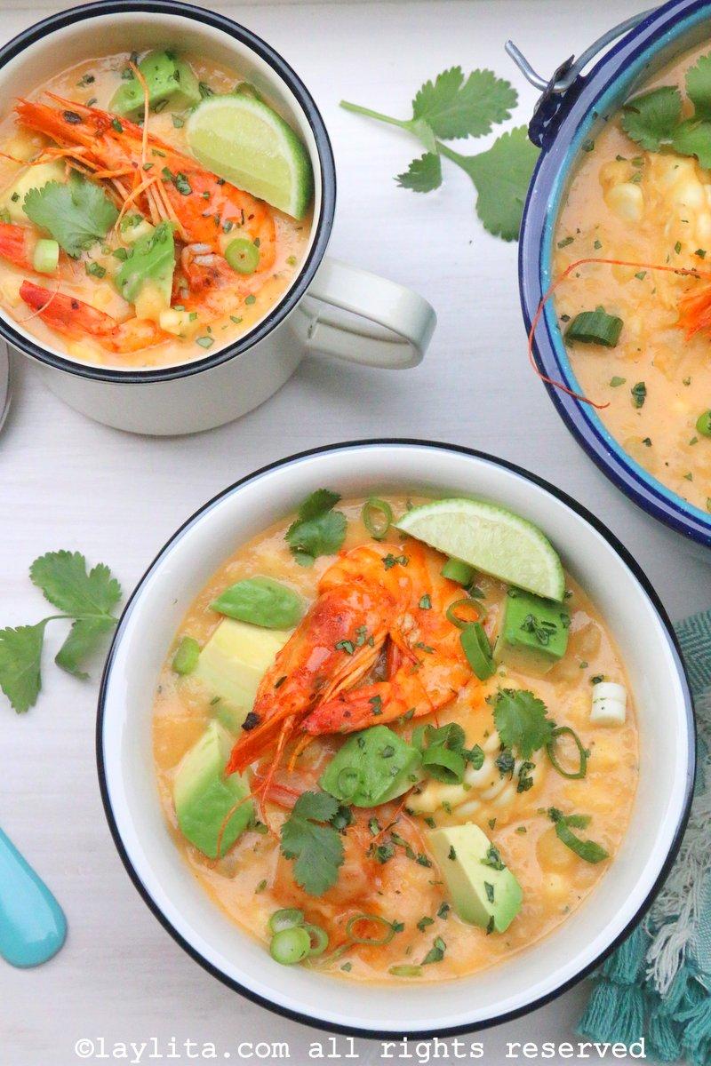 Chowder, locro, sopa, ou creme de camarão e milho