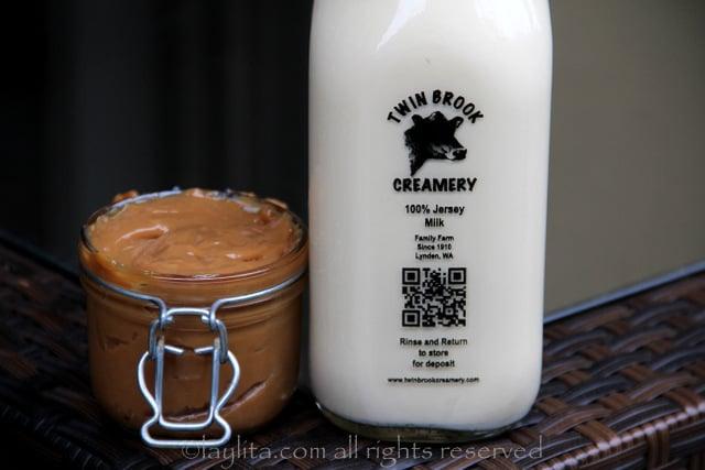 Dulce de leche y crema para preparar helados