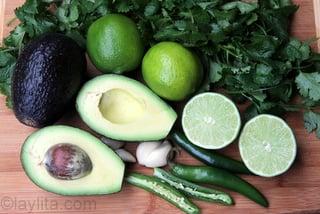 1- Ingredientes para la salsa de aguacate