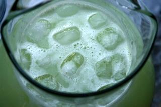 Refrescante limonada casera