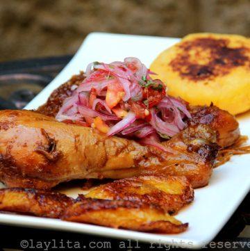 Fritada ecuatoriana de pollo o gallina