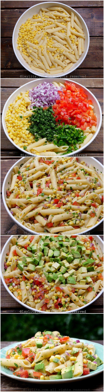 Como preparar una ensalada de pasta con maíz, aguacate, y tomate