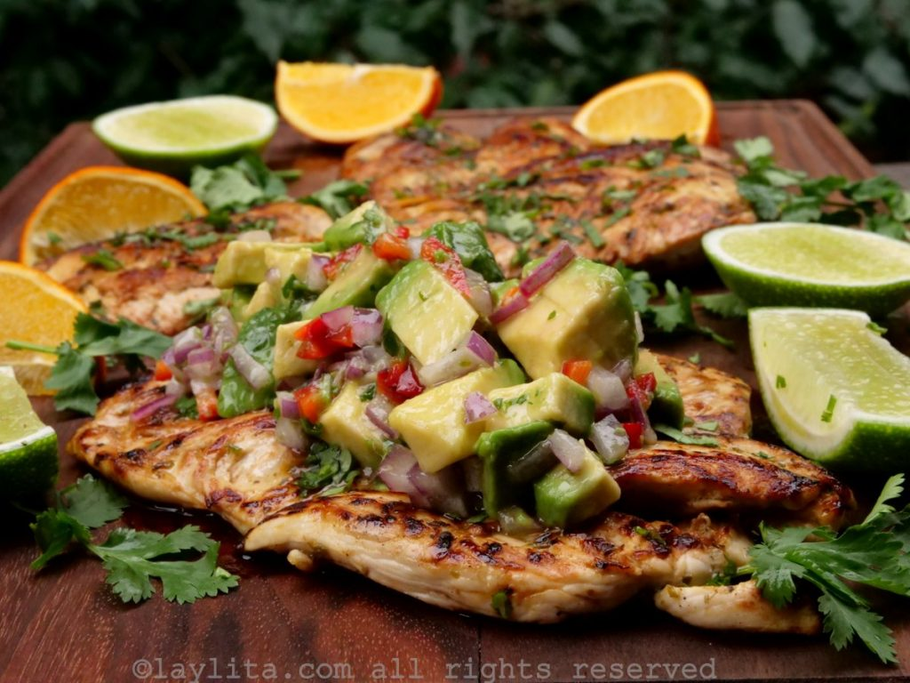 Pollo A La Plancha Con Ensalada De Aguacate Laylita Com Recetas De Cocina