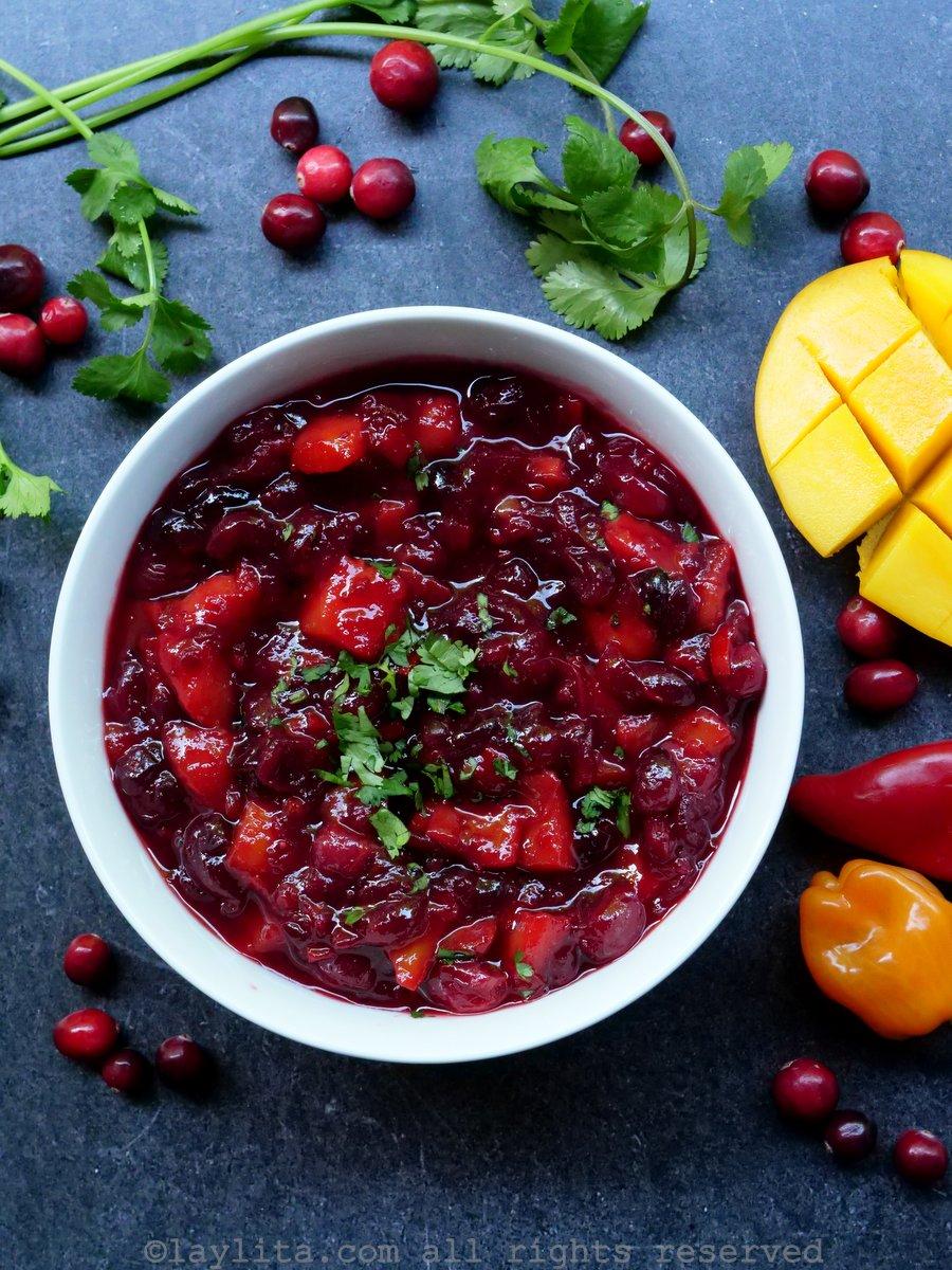 Salsa de arándanos rojos y mango