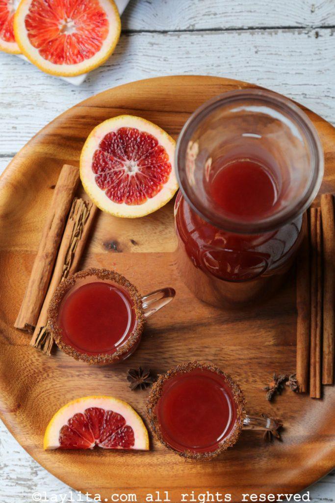 Canelazo de naranja sanguina