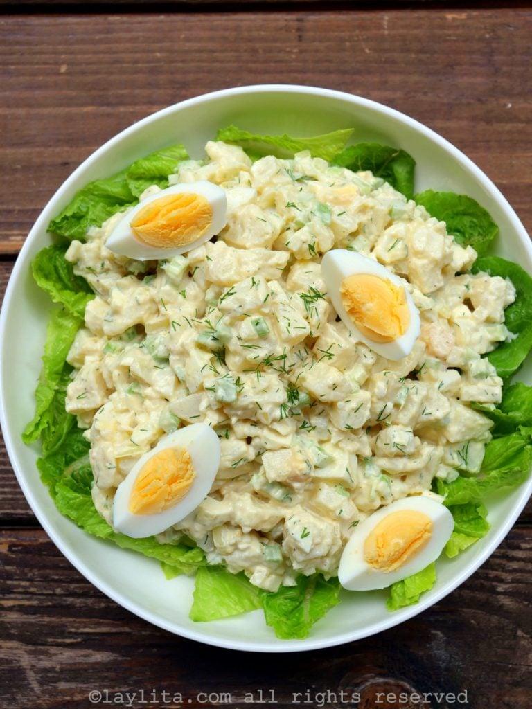 Ensalada de papas con huevo