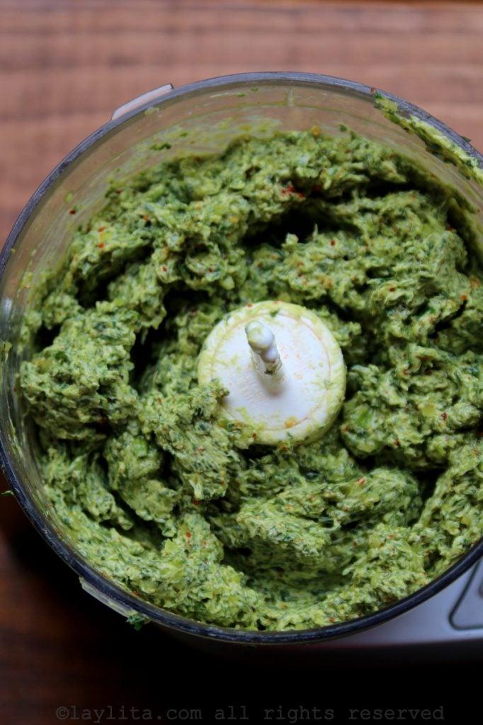 Mantequilla compuesta de hierbas y ajo