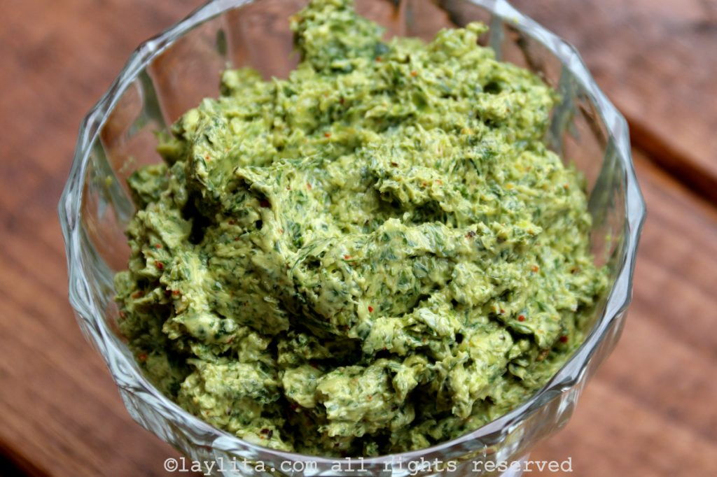 Mantequilla compuesta o saborizada de chimichurri