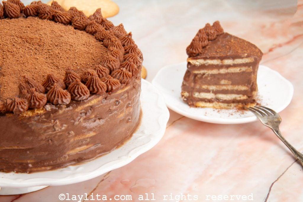 Pastel o tarta fría marquesa de chocolate
