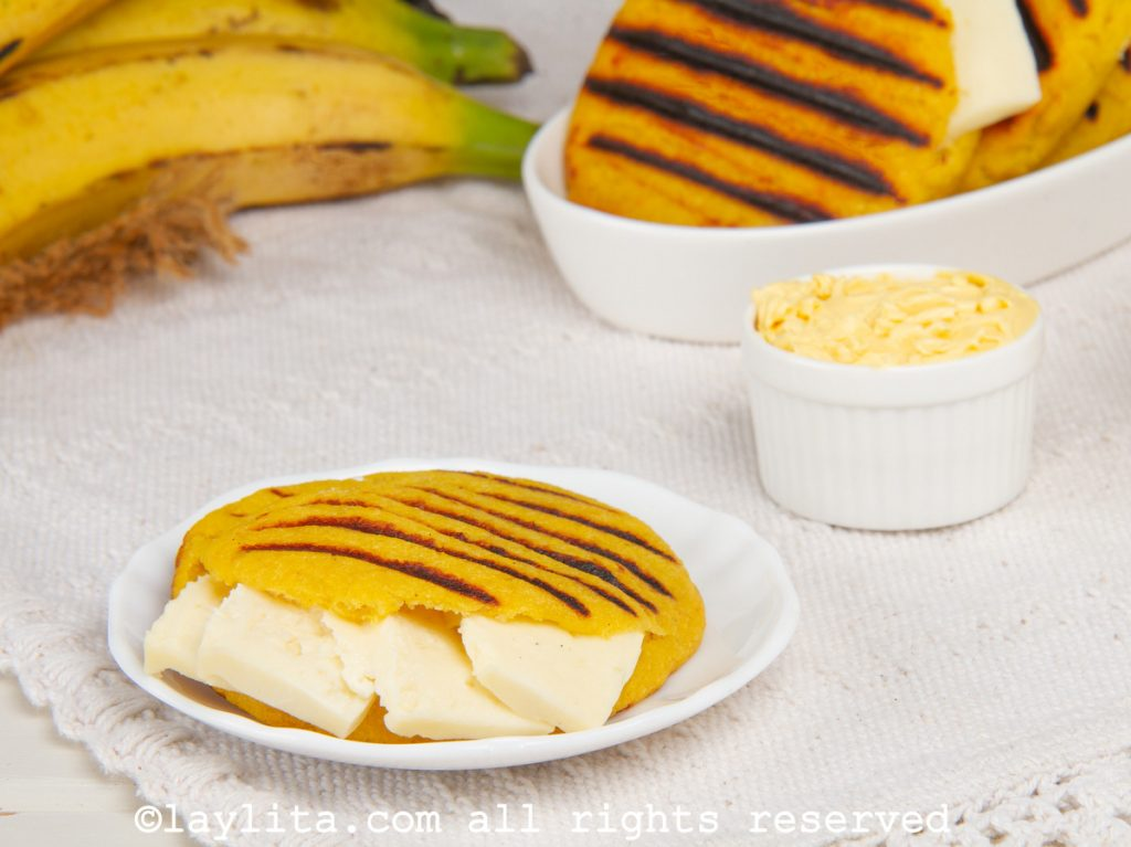 Arepas de plátano maduro
