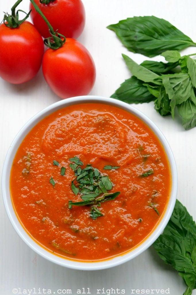 Salsa de tomate casera para pastas y pizza