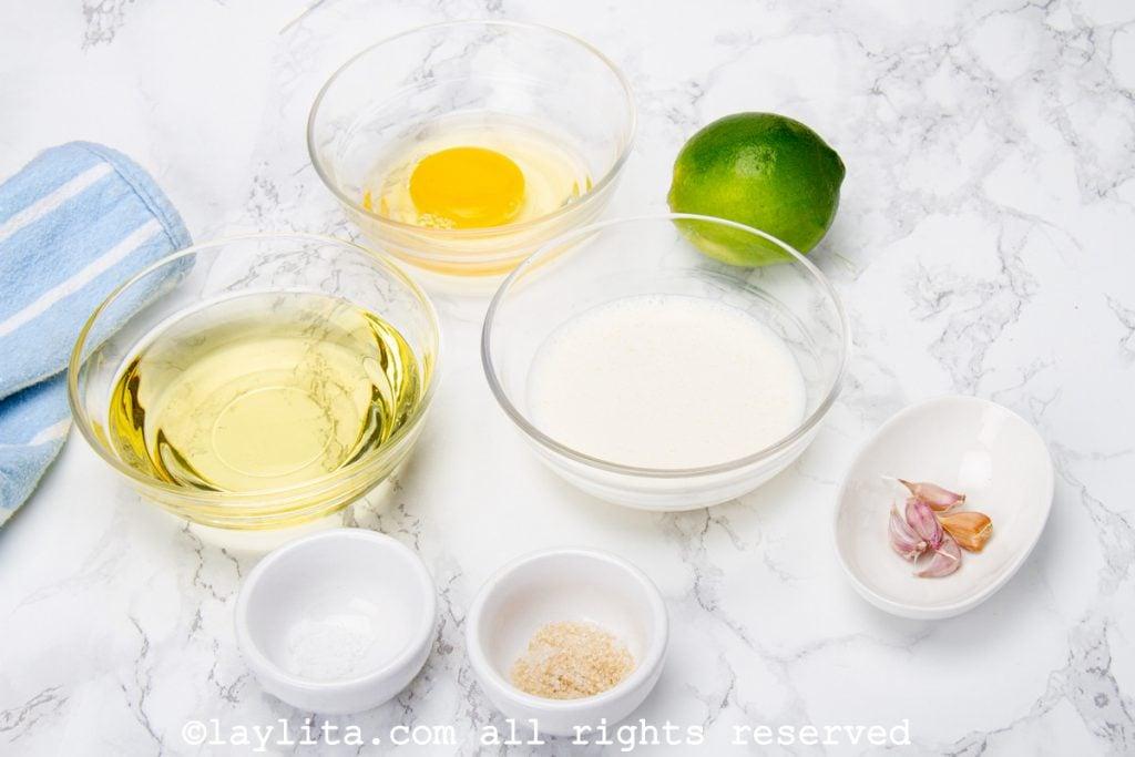 Ingredientes de la salsa de ajo