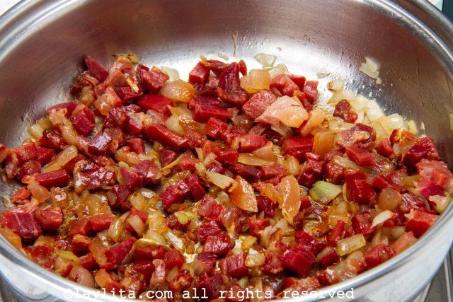 Preparación de las croquetas de jamón