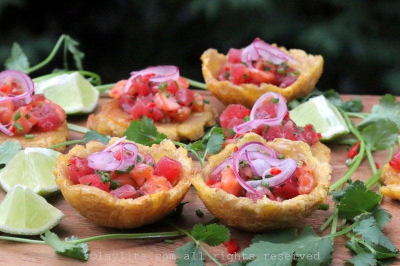 Ceviche de salmón y atún estilo poke hawaiano
