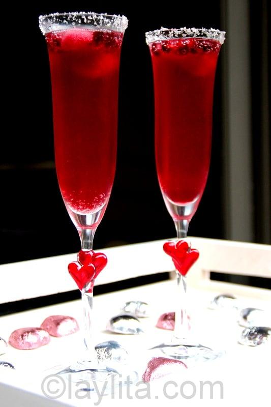 Coctel de champaña y granada