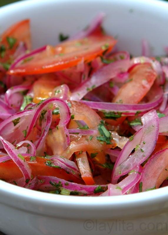 Curtido de tomate y cebolla