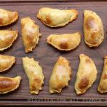 Empanadas argentinas con relleno de carne de res