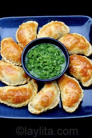 Empanadas con aji criollo