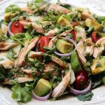 Ensalada de verduras y pollo