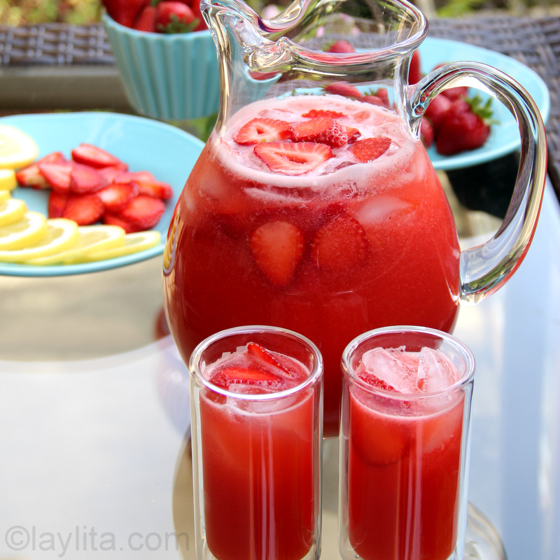 Limonada de fresa o frutilla {Refresco de fresa con limón}