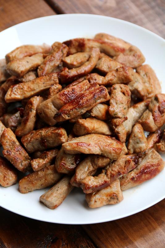 Lomo de cerdo marinado y salteado