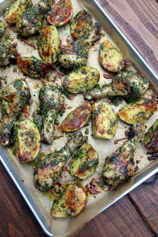Presas de pollo al horno con chimichurri