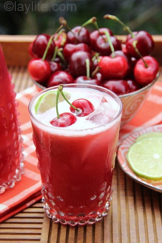 Refrescante limonada de cerezas