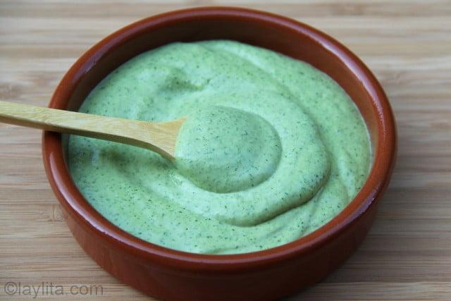 Salsa de queso con cilantro