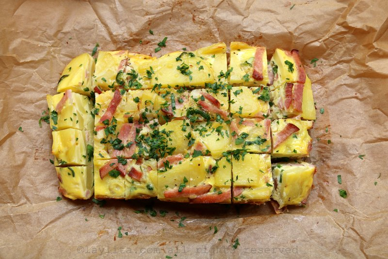 Tortilla española de papas y jamón  al horno {con sabor latino}