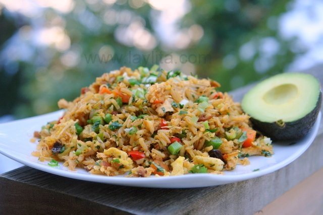 arroz con pollo ecuatoriano