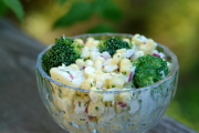 Ensalada de choclo, papas y brócoli