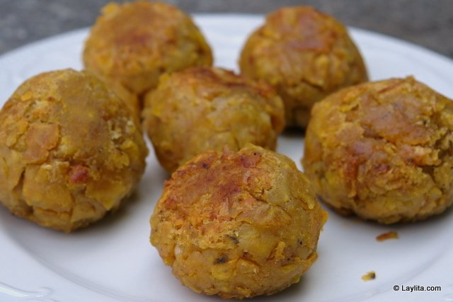 Boulettes banane plantain fourrees preparation 12 - Cuisiner la banane plantain ...