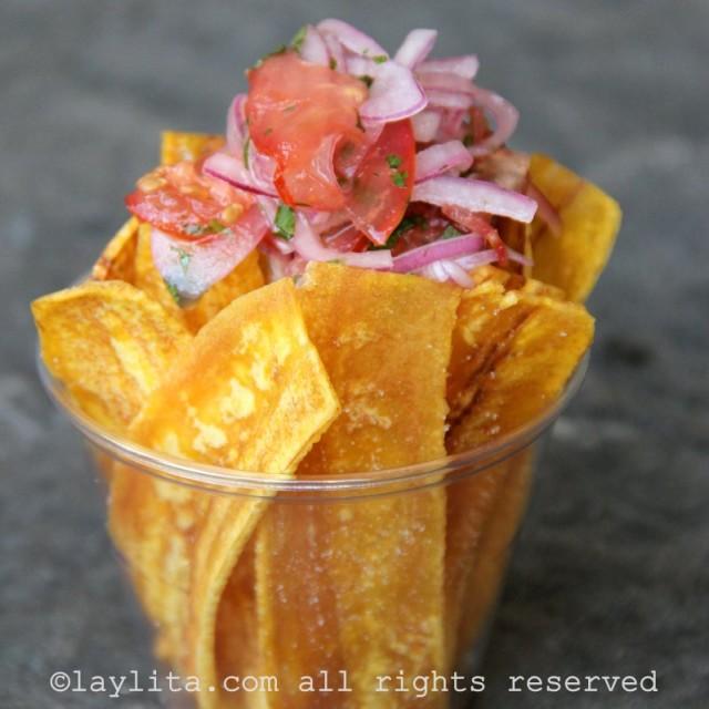 Chips de bananes plantain vertes / Chifles
