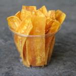 Chifles, chips de bananes plantain vertes