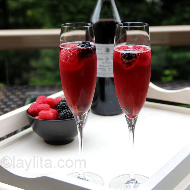le kir royal recettes de laylita. Black Bedroom Furniture Sets. Home Design Ideas