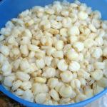 Cuisson du maïs sec mote (hominy)