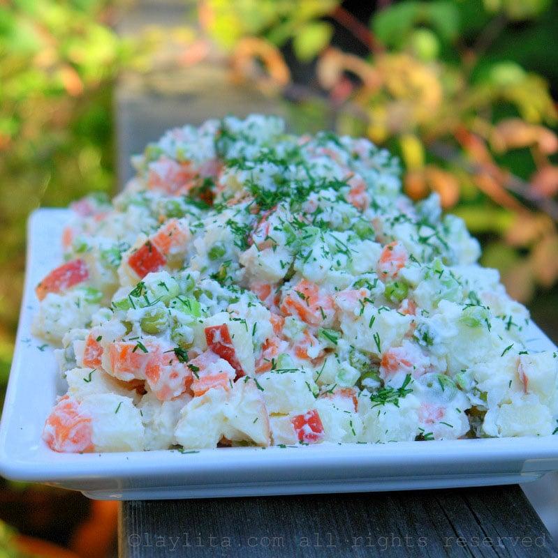 Salade de pommes de terre russe