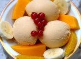 Yaourt glacé à la papaye et à la banane