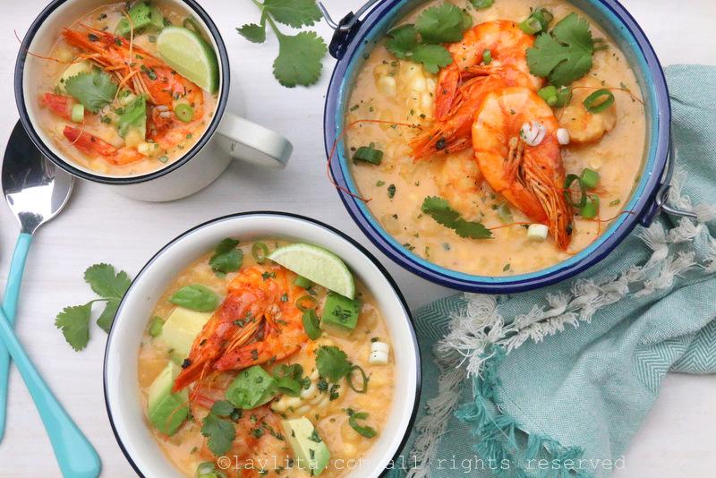 Soupe ou chowder de crevettes au maïs {Locro de camarón y choclo}