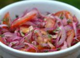 Salade curtido oignons tomates
