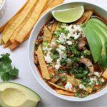Soupe de champignons et tortillas mexicaines