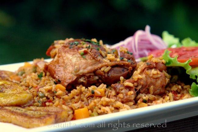 Poulet au riz, arroz con pollo