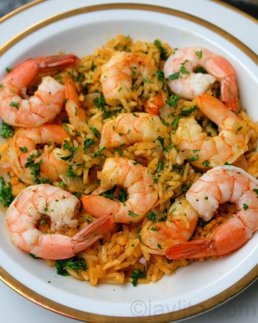 Riz aux crevettes recettes de laylita - Peut on donner du riz cuit aux oiseaux ...