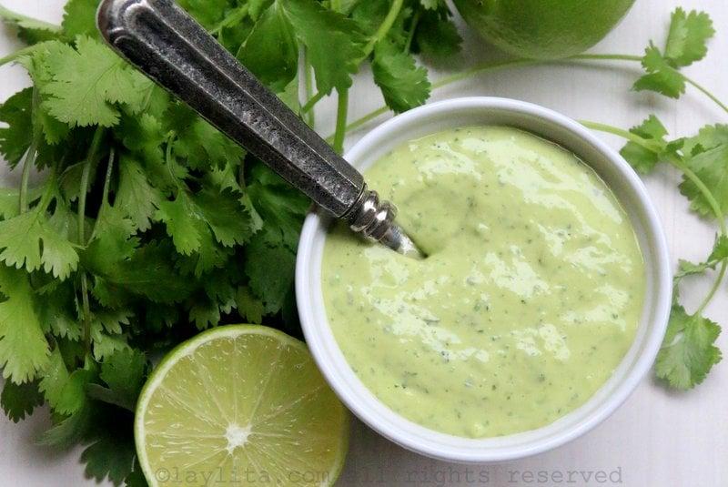 Cilantro mayonnaise or aioli {Mayonesa de cilantro}