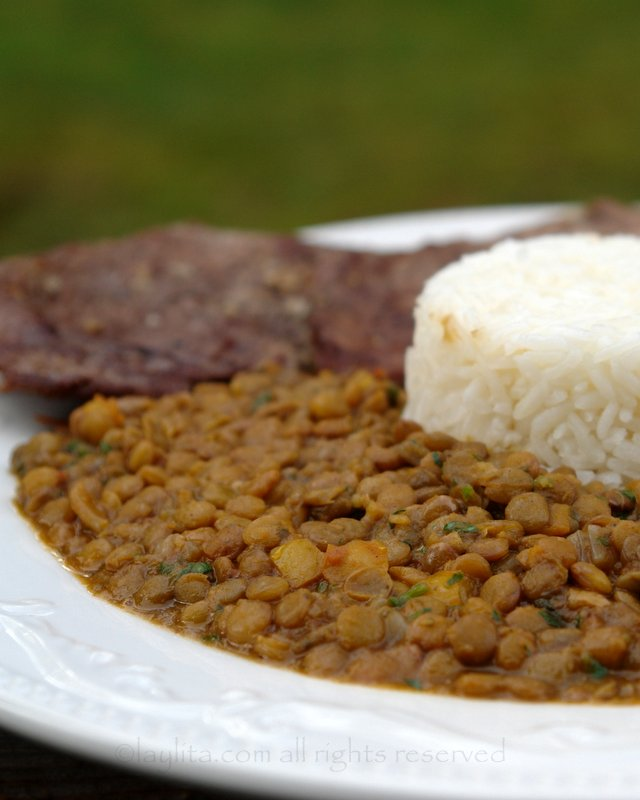 Ecuadorian arroz con menestra or lentil stew recipe