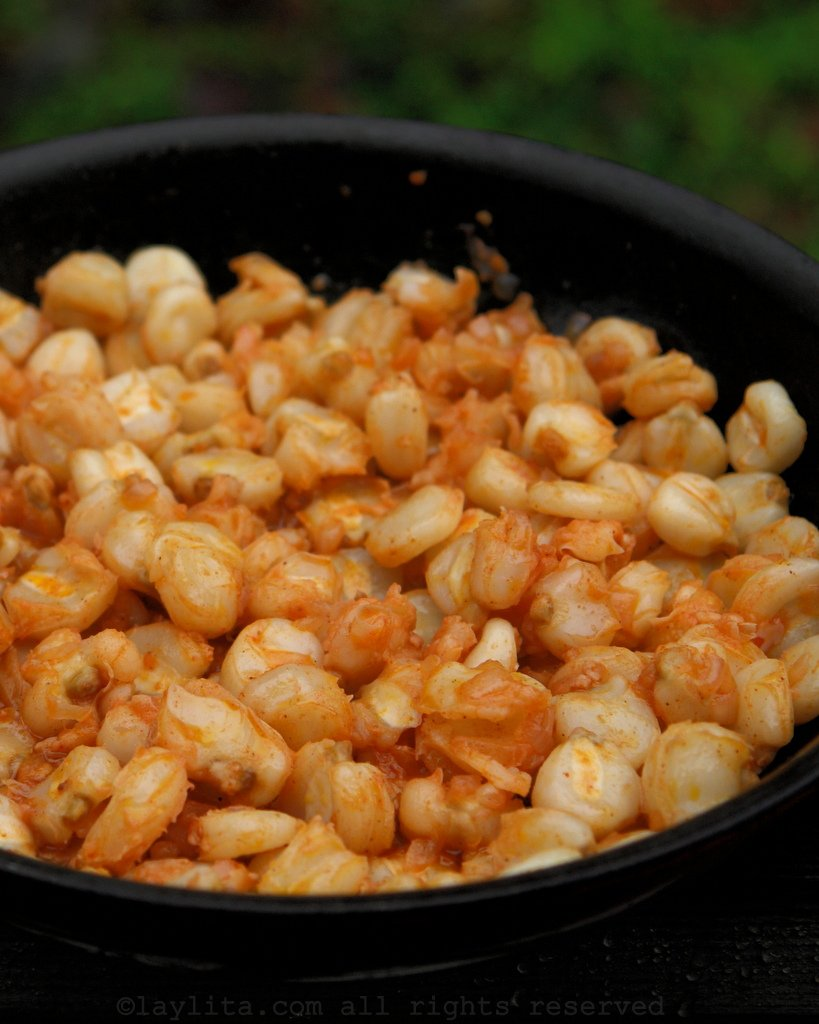 Hominy corn or mote with hornado gravy