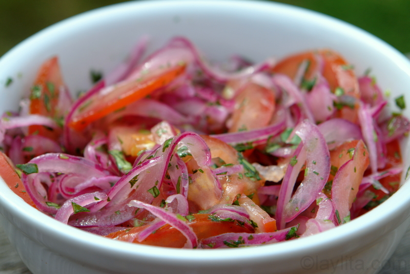 Onion and tomato curtido saladsalsa latin recipes laylitas recipes forumfinder Gallery